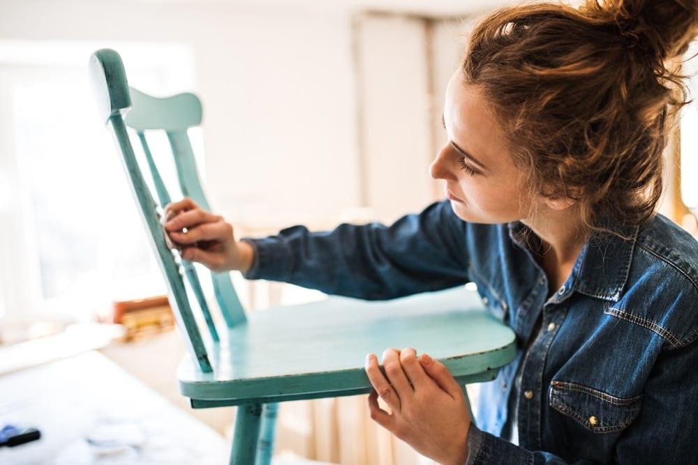 Renovovaný nábytek často získá nový styl